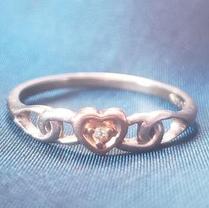 10K Diamond Heart Ring